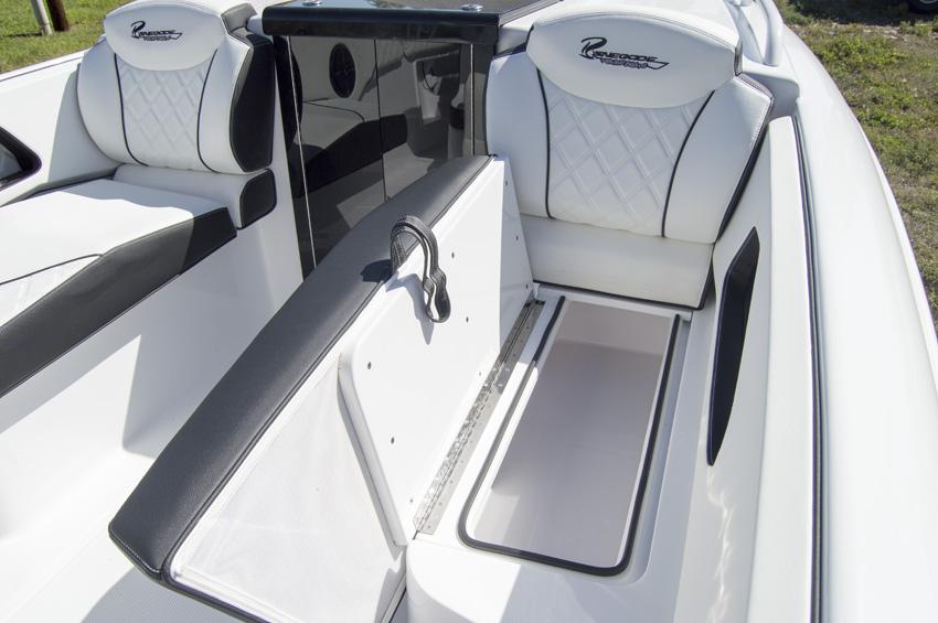 2018 32' cuddy cabin renegade boats