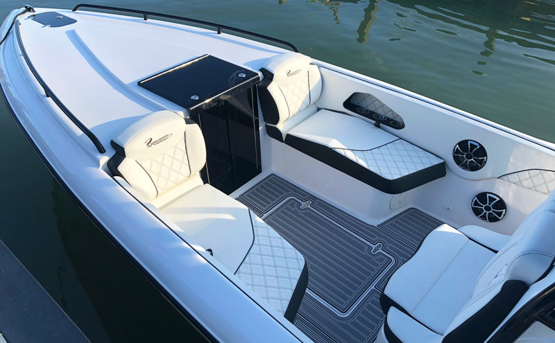 new 32 cc renegade boats